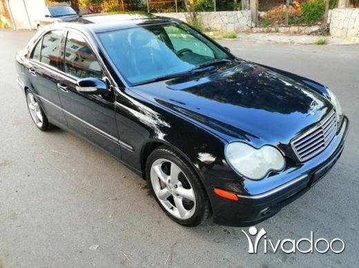 Mercedes-Benz in Zgharta - C 230 mod 2004 sport ماشية ١٠٠.٠٠٠ الف خارقة نضافة phone 03191533
