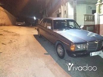 Mercedes-Benz in Tripoli - لف مازوت ٥ روس حديث