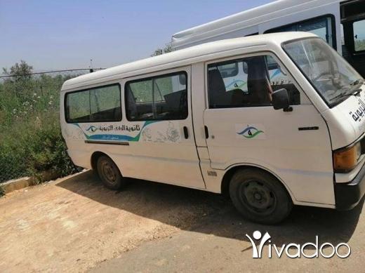 Vans in Tripoli - Mazda e2000