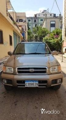 Nissan in Saida - نيسان بسفندر موديل ٢٠٠١