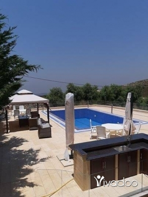 Apartments in Beirut City - Villa for Sale in Hammana