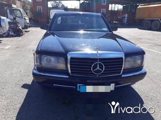 Mercedes-Benz in Bourj el Barajneh - مرسيدس 300بادي 500