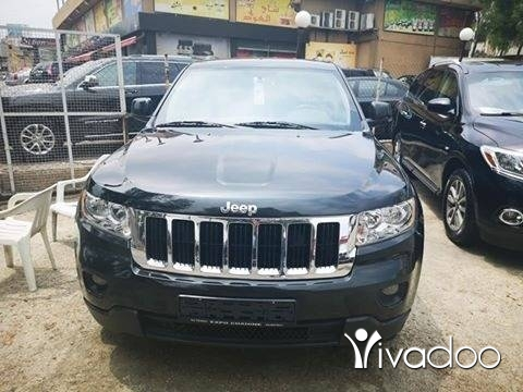 Jeep in Port of Beirut - Jeep grand cherokee laredo