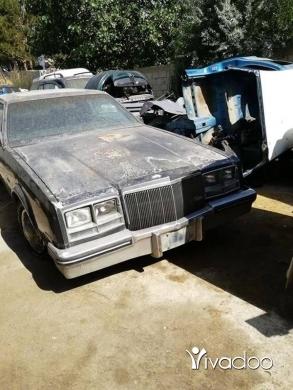 Cadillac in Zhalta - Cadillac reviera model 80