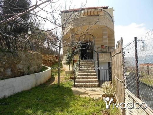 Villas in Bkah Sefrine - فيلا للبيع في بقاعصفرين الضنية موقع مميز ديلوكس