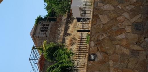 Villas in Beit El Din - فيلا للبيع معاصر بيت الدين الشوف