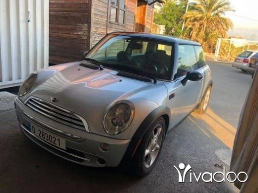 Mini in Amchit - Min couper s model 2005 vites