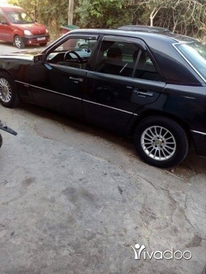Mercedes-Benz in Toula Jebbeh - 300 model 90