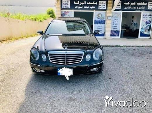 Mercedes-Benz in Haret Saida - E 350- 2007