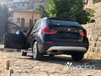 BMW in Beirut City - X1 BMW 2012 xdrive28i black on black