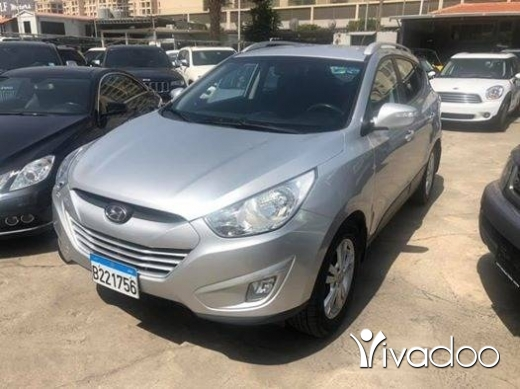 هيونداي في ضبيه - Hyunday tucson 2012 silver on black