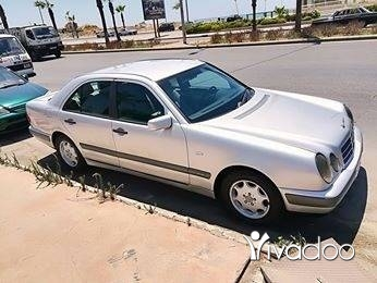 Mercedes-Benz in Saida - For sale mercides 240 medal 98
