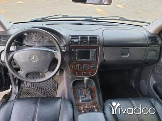 Mercedes-Benz in Beirut City - مرسيدس ام ال ٢٠٠١ مفول اسود قلب اسود فتح