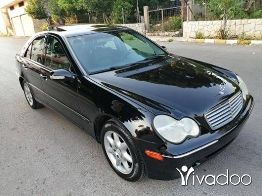 Mercedes-Benz in Ardeh - C 240 mod 2002 سوبر نضيفة اسود الب اسود phone 03191533