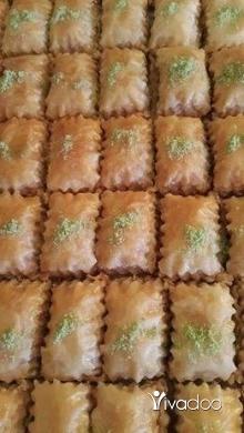Other Food & Drink in Tripoli - دزينه لحمه بعجين مع كيلو ورد شام 20 الف