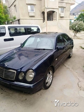 Mercedes-Benz in Akkar el-Atika - E320 for sale