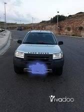 Rover in Beirut City - رنج روفر ٢٠٠٢ انقاض