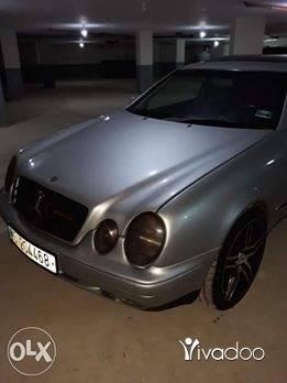 Mercedes-Benz in Port of Beirut - Mercedes clk 230 compressor
