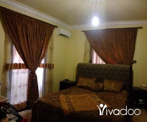 Home & Garden in Bourj el Barajneh - طقم كوفورلي مخمل مطرز مع برادي عدد ٢ مع الفوال والسياخ والمسكات