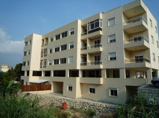 Apartments in Jbeil - شقة 135م في وسط  مدينة جبيل للبيع