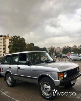 Land Rover in Beirut City - Range rover 1984