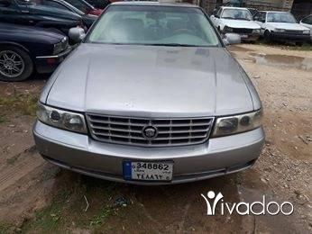 Cadillac in Choueifat - للبيع كاديلك Sts مفولي 8v موديل 98 انقاض او تبديل
