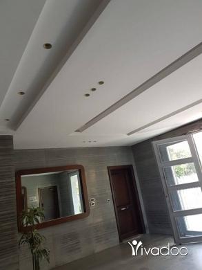 Apartments in Dam Wel Farez - شقة سوبر دولكس للبيع في منطقة الضم
