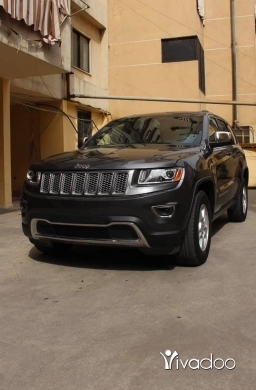 Jeep in Beirut City - Jeep grand cherokee 2015 laredo 4x4