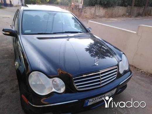 Mercedes-Benz in Nabatyeh - ميني غواصة 2005 230كومبرسير