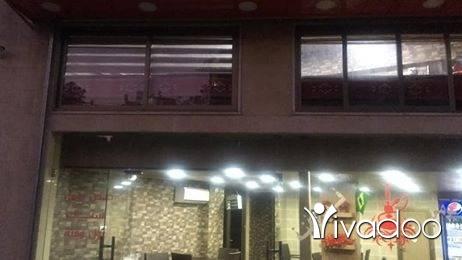 Villas in Beirut City - مطعم للأيجار بيروت قرب المرفاء
