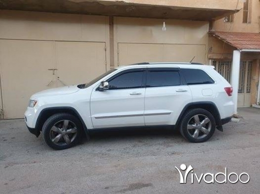 Jeep in Beirut City - 2011 grand cherokee hemi overland