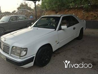 Mercedes-Benz in Tripoli - mercedes benz 230 4 cylindre