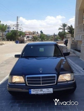 Mercedes-Benz in Jiyeh - Marcedes Benz 1995