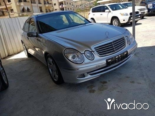 Mercedes-Benz in Beirut City - E500 panoramic 2003