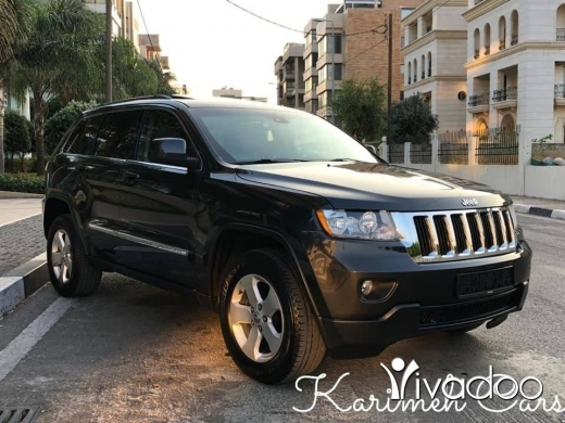 Jeep in Beirut City - 70454198