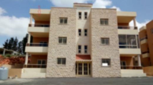 Apartments in Nmeiriyeh - شقة ١٤٠ متر جديدة مفروشة للبيع في زفتا حي الفيلات