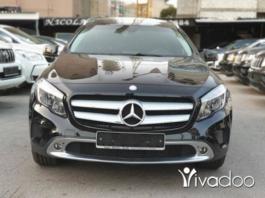 Mercedes-Benz in Beirut City - Clean carfax One owner 2015 GLA250 4Matic