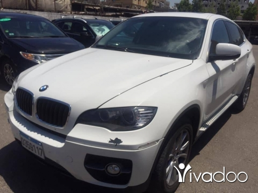 BMW in Port of Beirut - bmw x6