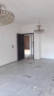 Apartments in Beirut City - شقه للايجار غير مفروشه منطقة الجامعه العربيه