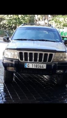 Jeep in Antilias - grand cheroke laredo