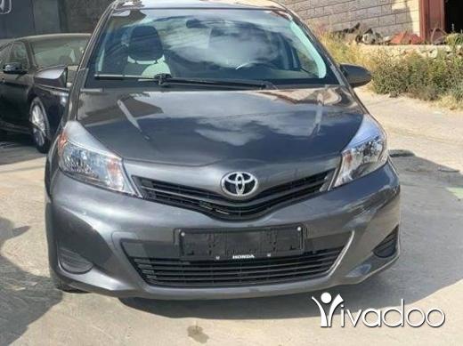 تويوتا في مدينة بيروت - Toyota Yaris 2012