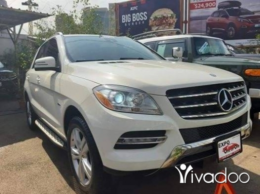 Mercedes-Benz in Bouchrieh - Mercedes Benz ML350 2012