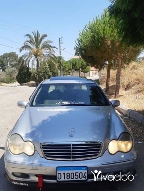 Mercedes-Benz in Saida - Marsedes benz c240 2002 look 2005 super cleen
