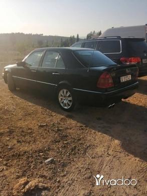 Mercedes-Benz in Akkar el-Atika - Mercedes c280