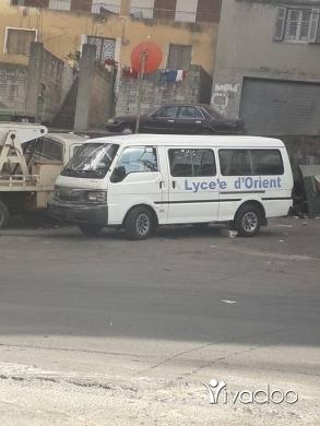 Vans in Barja - فإن ماذدا مازوت مودال ال2002 ا