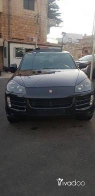 Porsche in Zahleh - Cayenne s