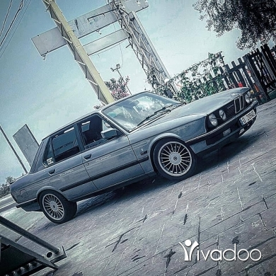 BMW in Beirut City - Bmw e28 520i 24v trade on e30 or e36