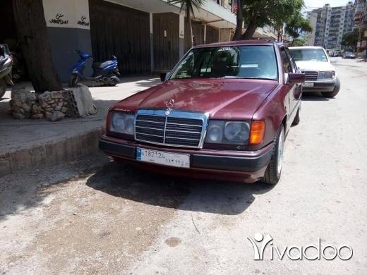 Mercedes-Benz in Tripoli - 300 موديل 89 أنقاض كلشي شغال