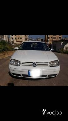 Volkswagen dans Beyrouth - Golf 4 2000