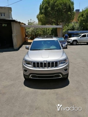 Jeep in Beirut City - Laredo 2014